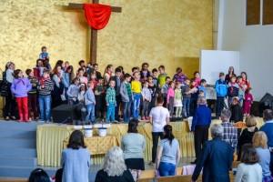 2017.05.28 11.00 Награждение ЦО, молитва за детей, памперсы (18)-001