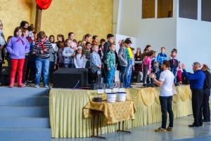 2017.05.28 11.00 Награждение ЦО, молитва за детей, памперсы (19)-001